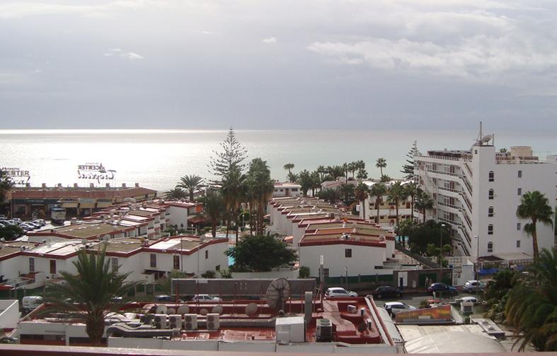 apartamento con vista in playa del ingles immobilien auf gran canaria. Black Bedroom Furniture Sets. Home Design Ideas