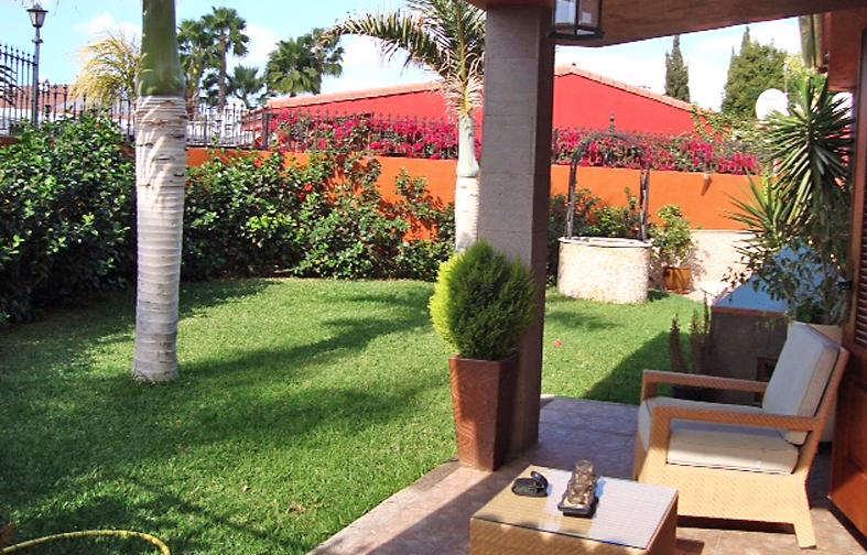 haus am golfplatz immobilien auf gran canaria. Black Bedroom Furniture Sets. Home Design Ideas
